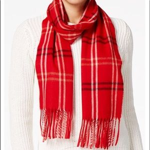 Great holiday gift - Beautiful scarf made in Italy